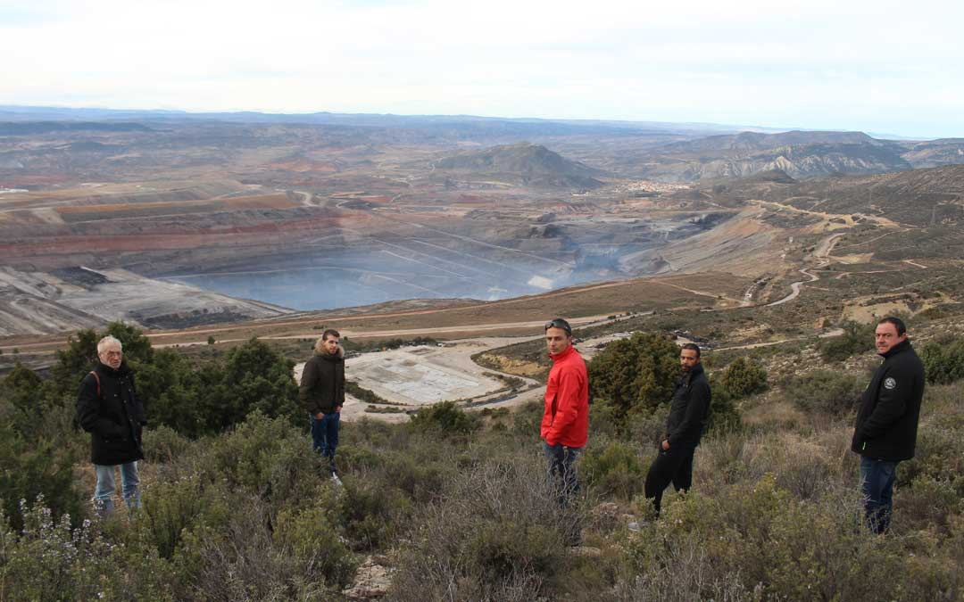 arino mineros mina cielo abierto samca
