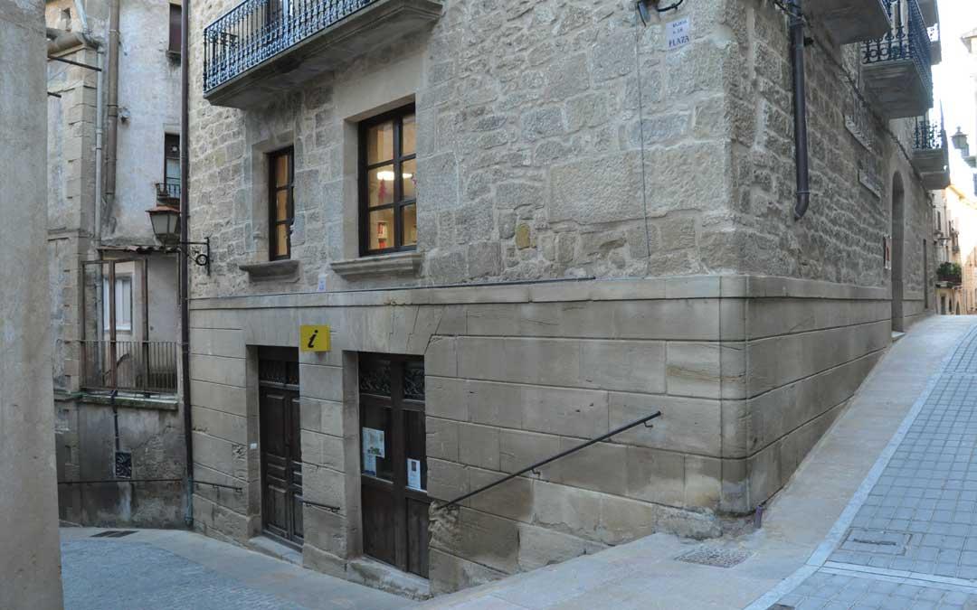 El histórico edificio Casa Bruno albergará varios servicios municipales y pasará a ser el Centro Cultural de Calaceite