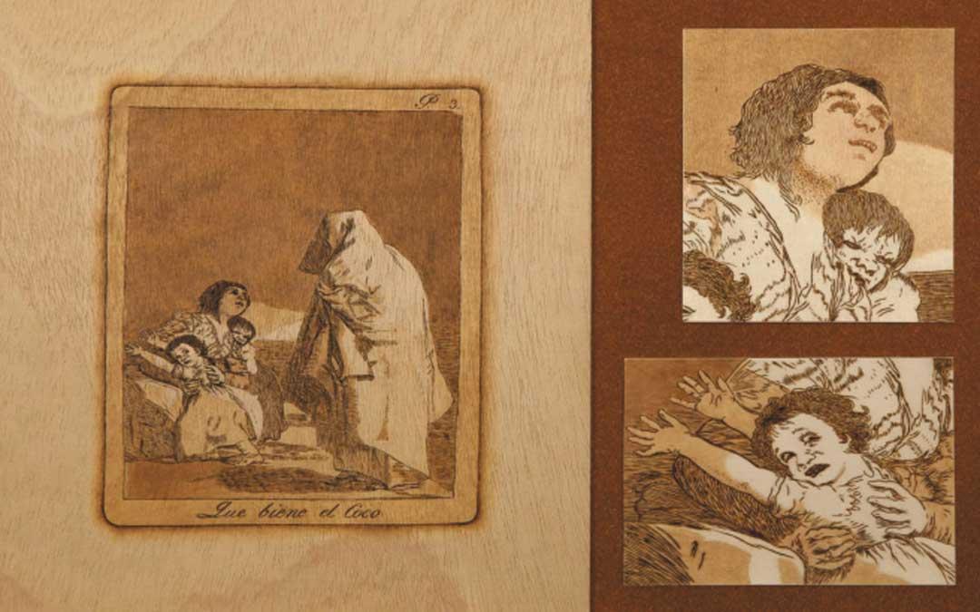 Uno de los pirograbados de Antonio Moreno sobre uno de los Caprichos de Goya que se exhiben en Calanda