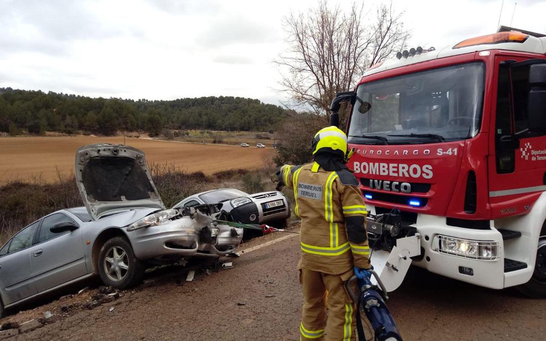 El accidente ha tenido lugar en la TE-V-3033 que comunica Cretas y Lledó
