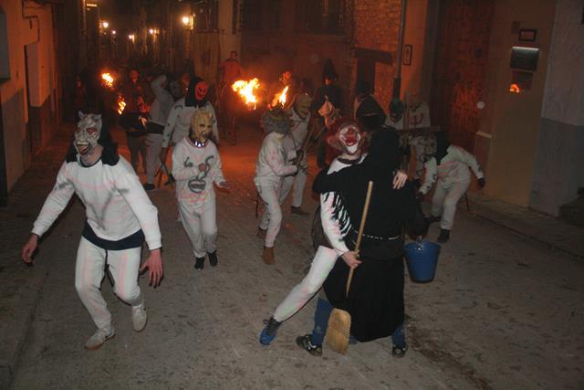 La Santantonada es uno de los actos más esperados en La Iglesuela por San Antonio