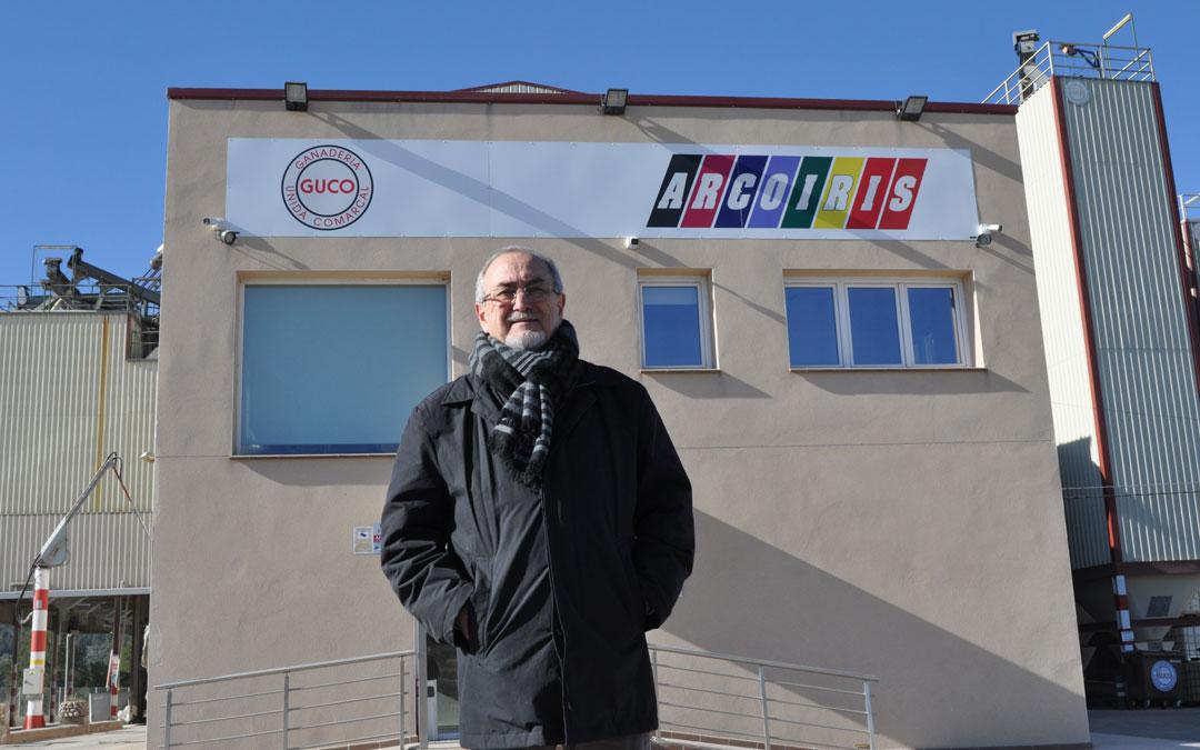Enrique Bayona estrena jubilación después de más de 40 años dedicados a la economía social