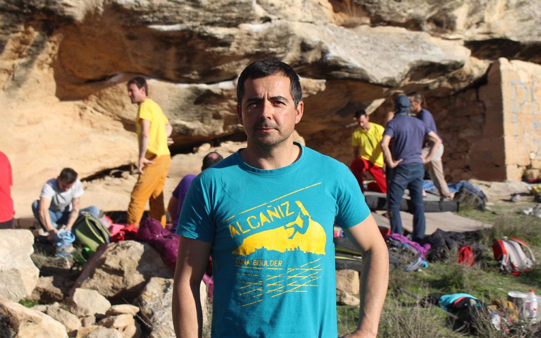Miguel Ángel Lahoz en la zona de escalada de San Miguel