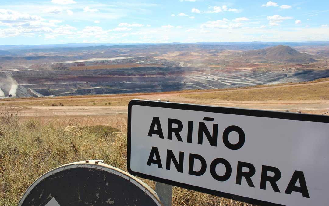 Los Ayuntamientos empiezan a firmar al fin los convenios del Miner 2018 con el Gobierno de Aragón