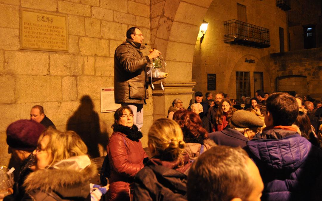 La tradicional subasta tuvo lugar en la Lonja del Ayuntamiento