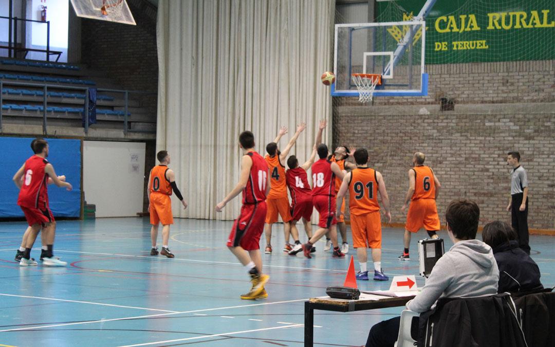 El último cuarto del partido entre Alcañiz y Andorra decidió el resultado.