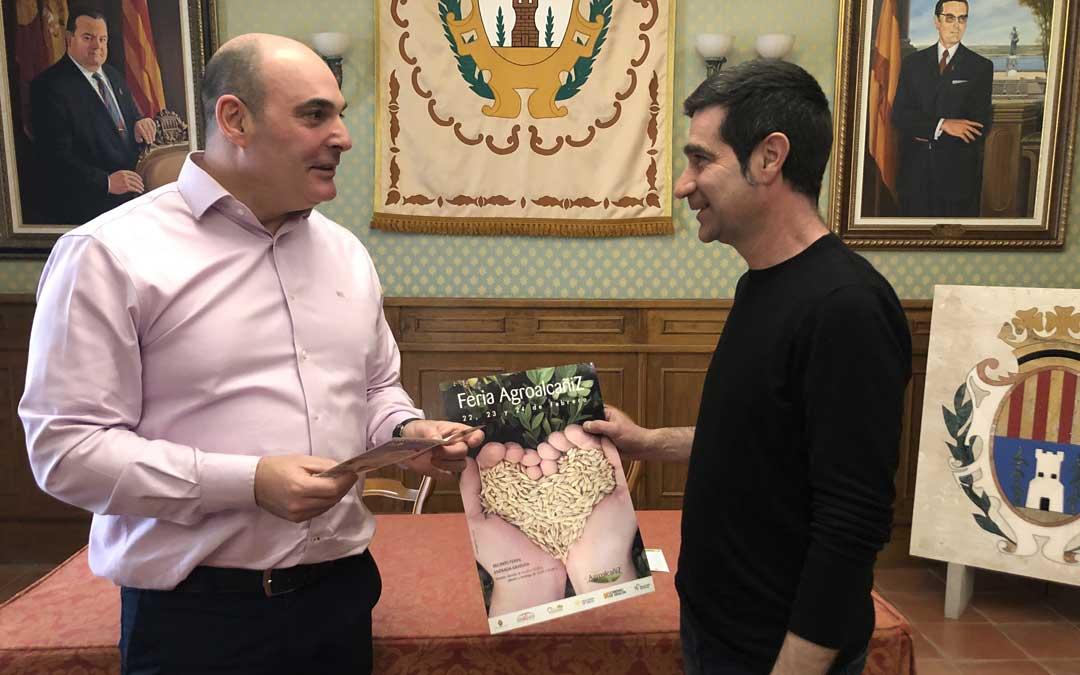 El alcalde, Juan Carlos Gracia Suso; y el concejal de Promoción Económica, Javier Lahoz