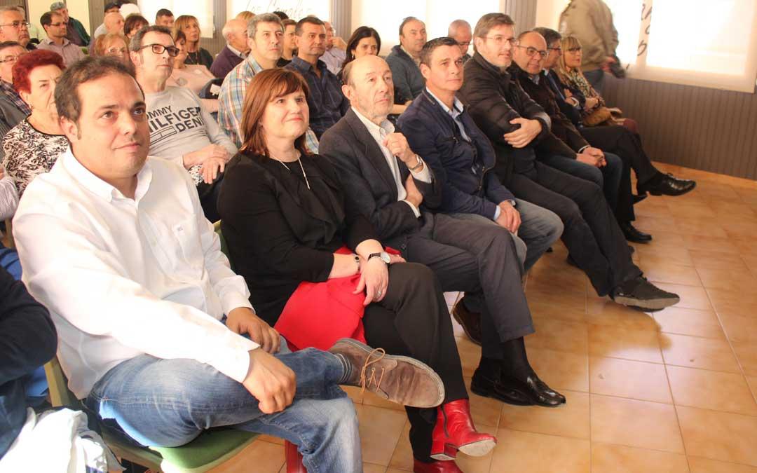 Rubalcaba ha participado en el 40º aniversario de la agrupación socialista