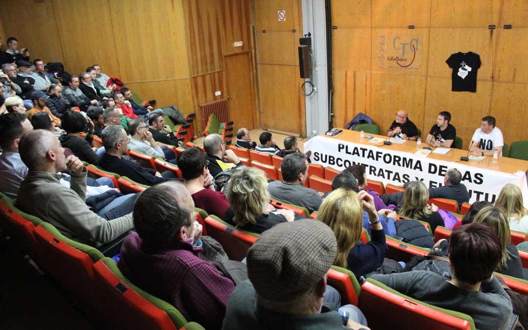 Asamblea de las subcontratas con Teruel Existe de invitados, donde se informó a toda la ciudadanía de los pasos dados y los que prevén dar