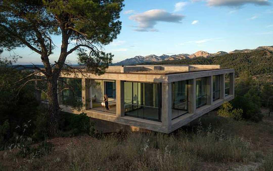 Una de las viviendas de arquitectura vanguardista de Cretas.