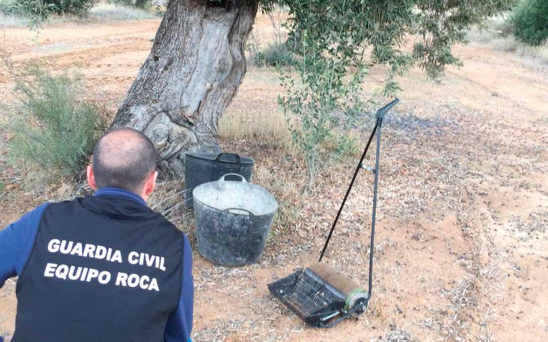 equipo roca guardia civil intervencion oliva urrea