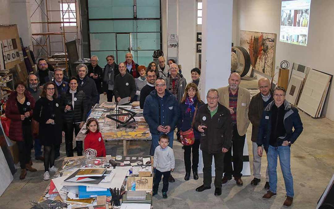 Foto de familias de los que se reunieron en la sede de Logroño en el evento Start'19 donde se conoció Proyecto Alabastro