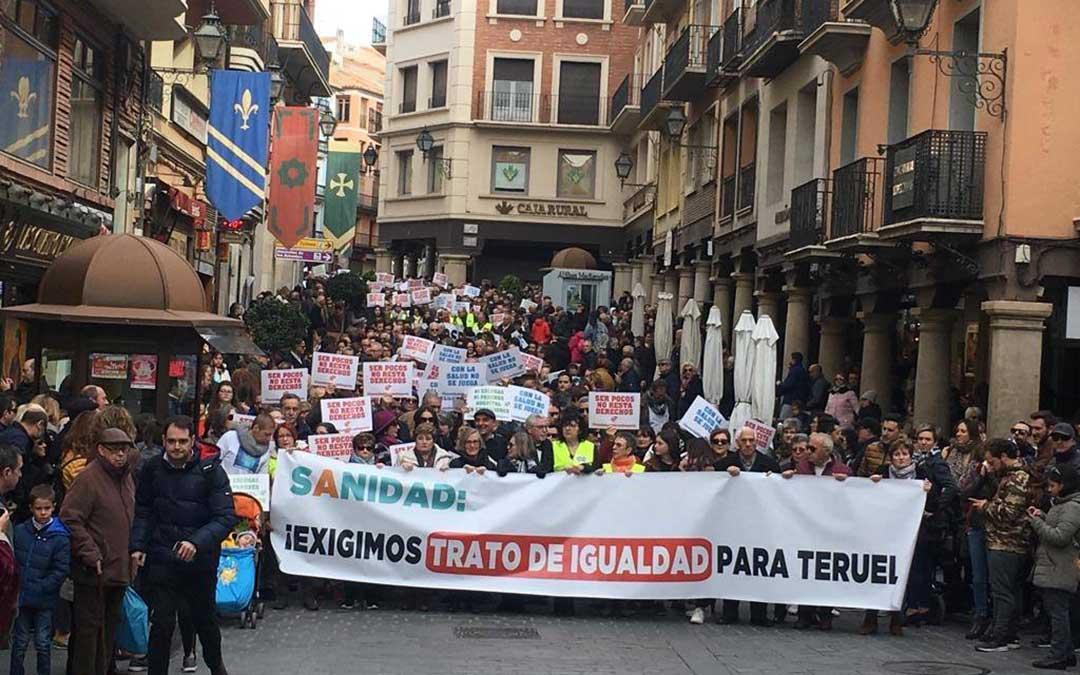 Parte de la manifestación de la mañana de este domingo, en Teruel.