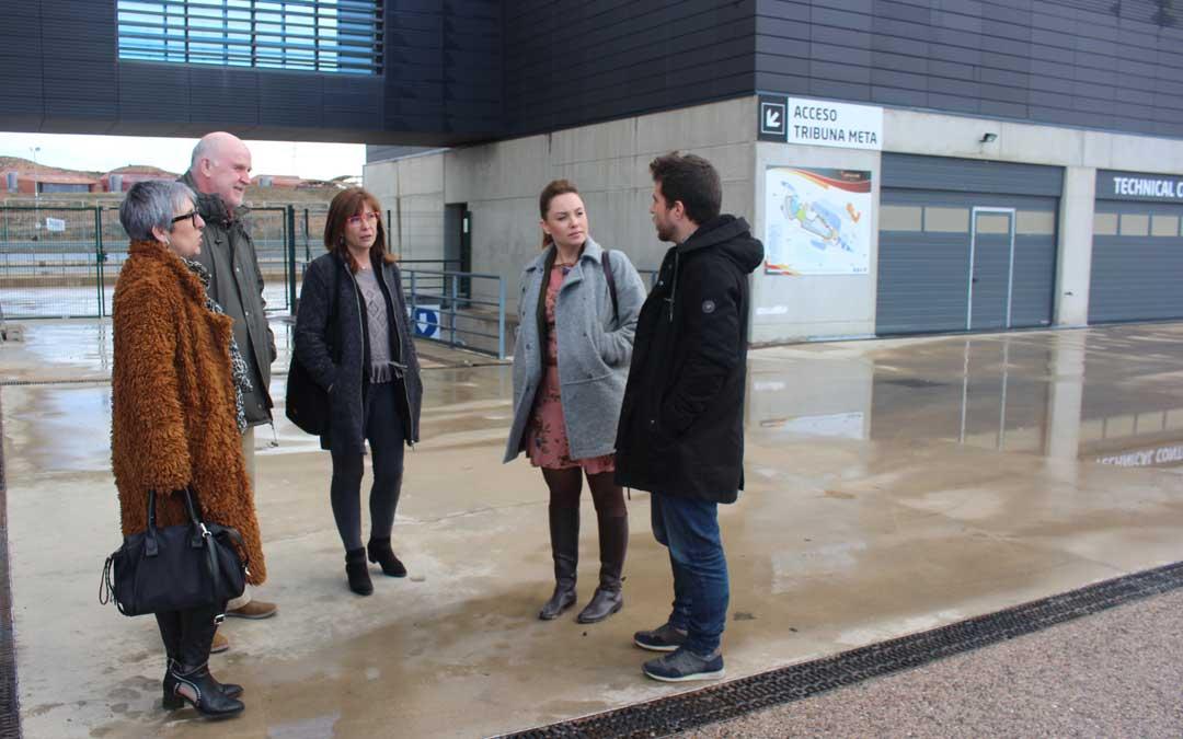 Dirigentes de Podemos Aragón y Alcañiz este viernes en Motorland