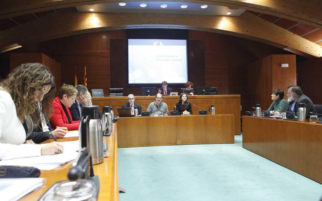 Quinta sesión de comparecencias de la Comisión especial de las Cortes sobre el futuro de Andorra.