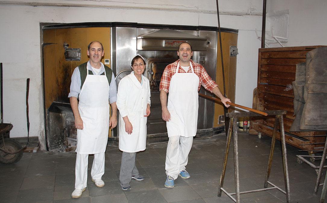 100 anos panaderia guarc valdealgorfa ciriaco paco natalia