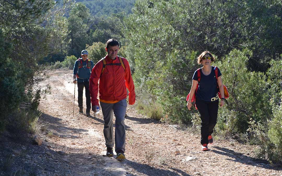 Marcha senderista en Fórnoles
