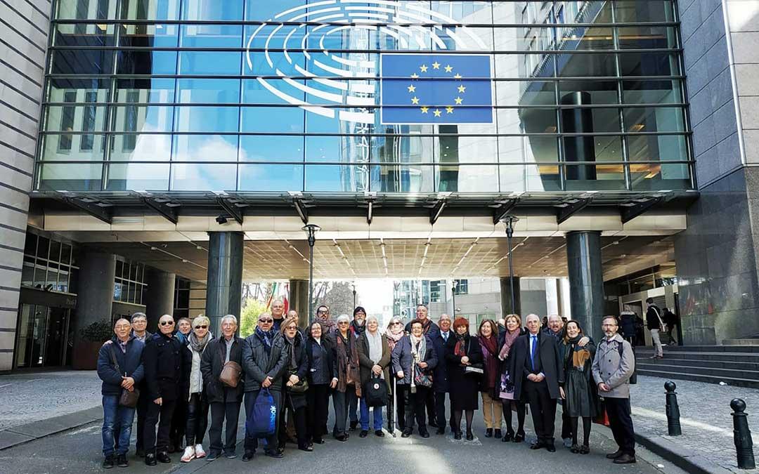 Representantes de Caspe en el Parlamento Europeo.