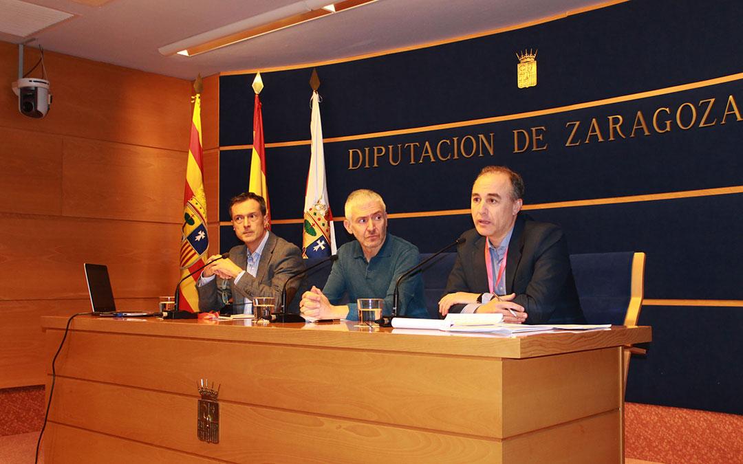 Representantes de la cátedra de Despoblación y Creatividad de la DPZ.