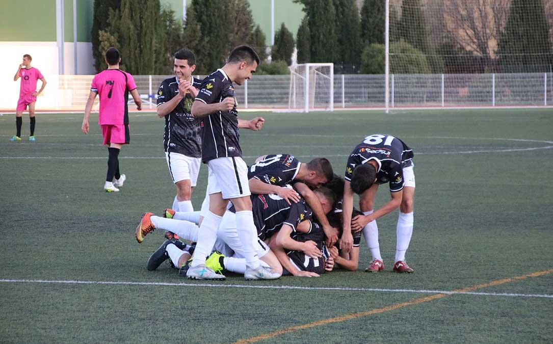 celebracion gol alcaniz calatayud