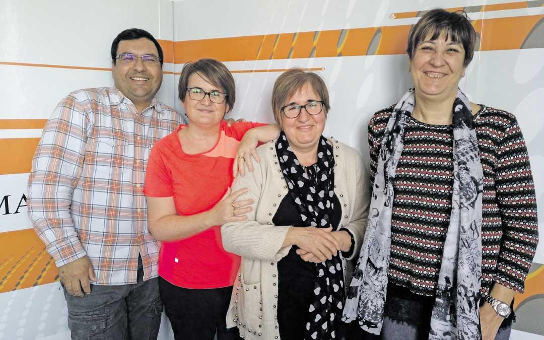 Dionisio Aquino, Mari Ángeles Espallargas, María Espallargas y Maite Giménez; responsables de la Asociación de Cuidadores a.m.