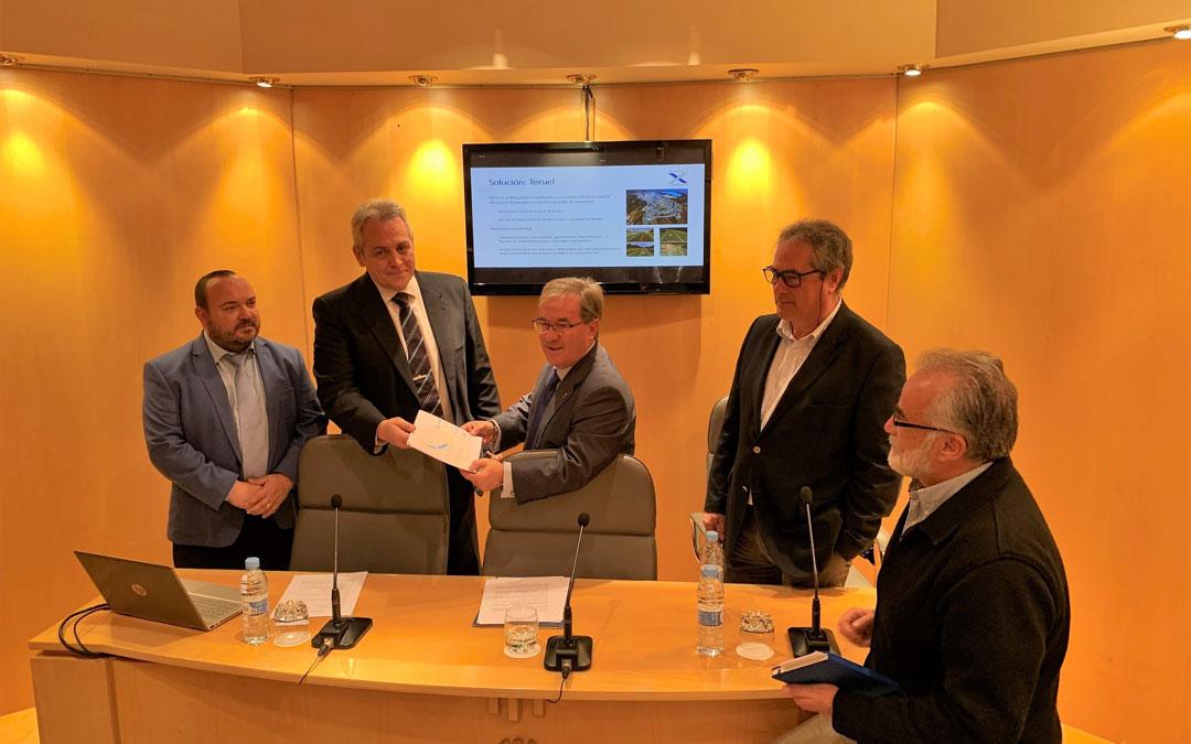 Presentación del proyecto Teruel X Mobility en la sede del Justicia de Aragón
