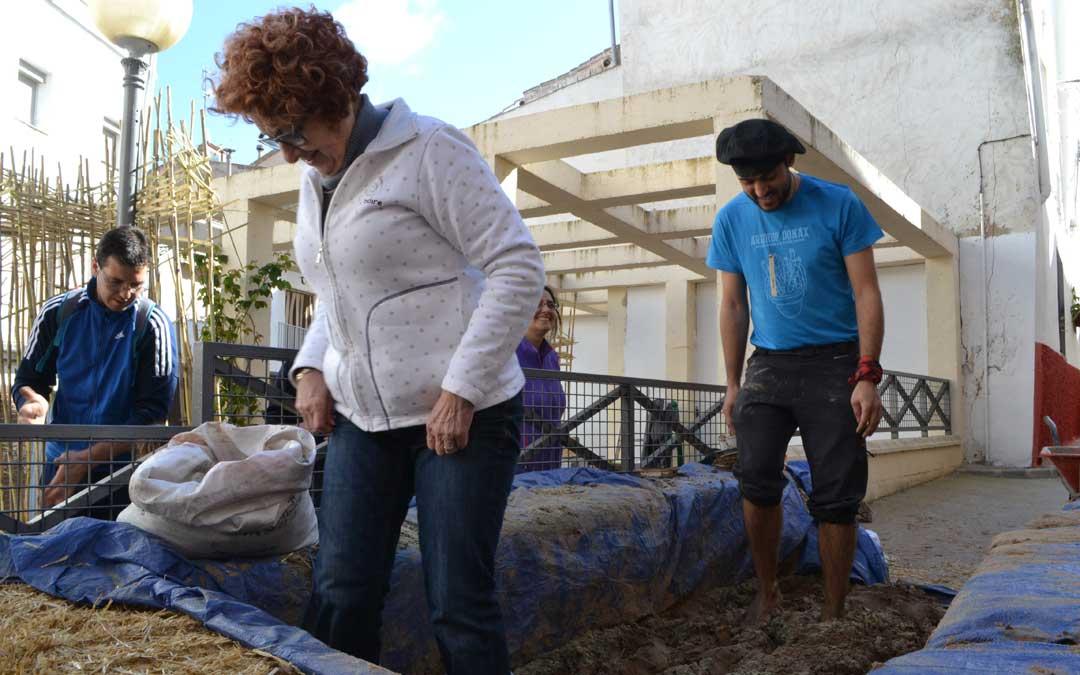 Una de las actividades de la edición pasada de Arundo Donax con la gente en la calle.