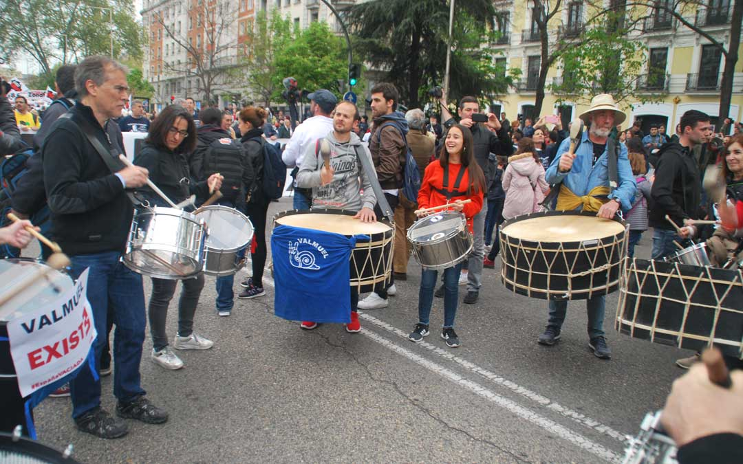 Uno de los grupos de tambores y bombos del Bajo Aragón en la Revuelta de la España Vaciada.