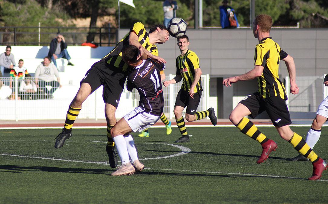 La acción del penalti que supuso el 2-0 para el Alcañiz fue muy clara.