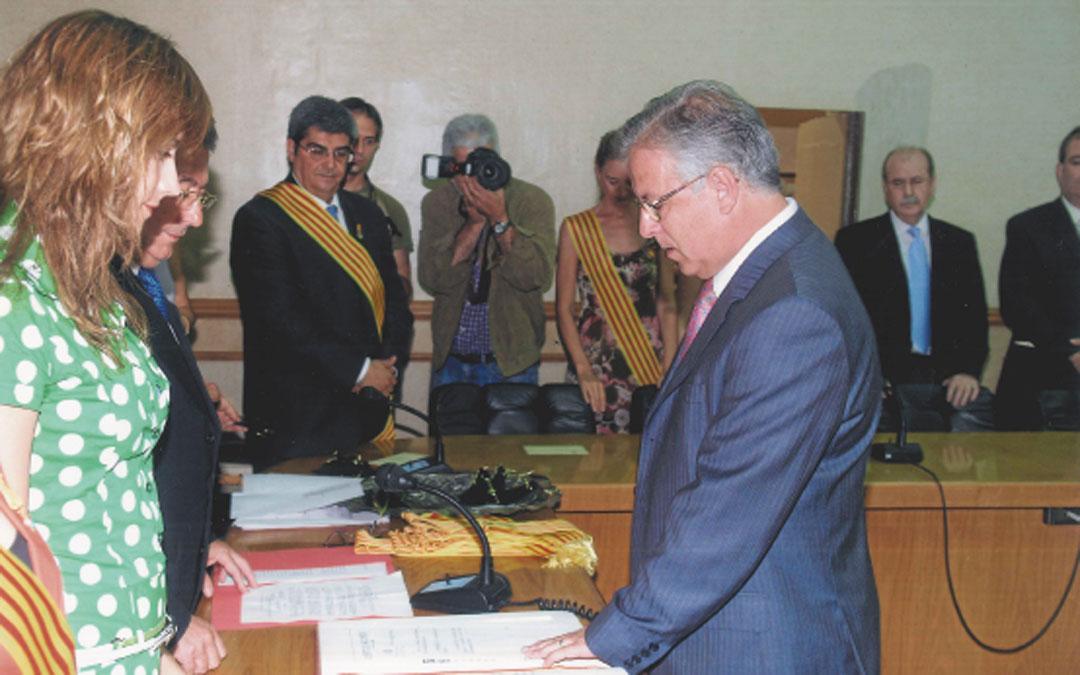 Primera toma de posesión de Ponz como edil de Alcañiz en 2007