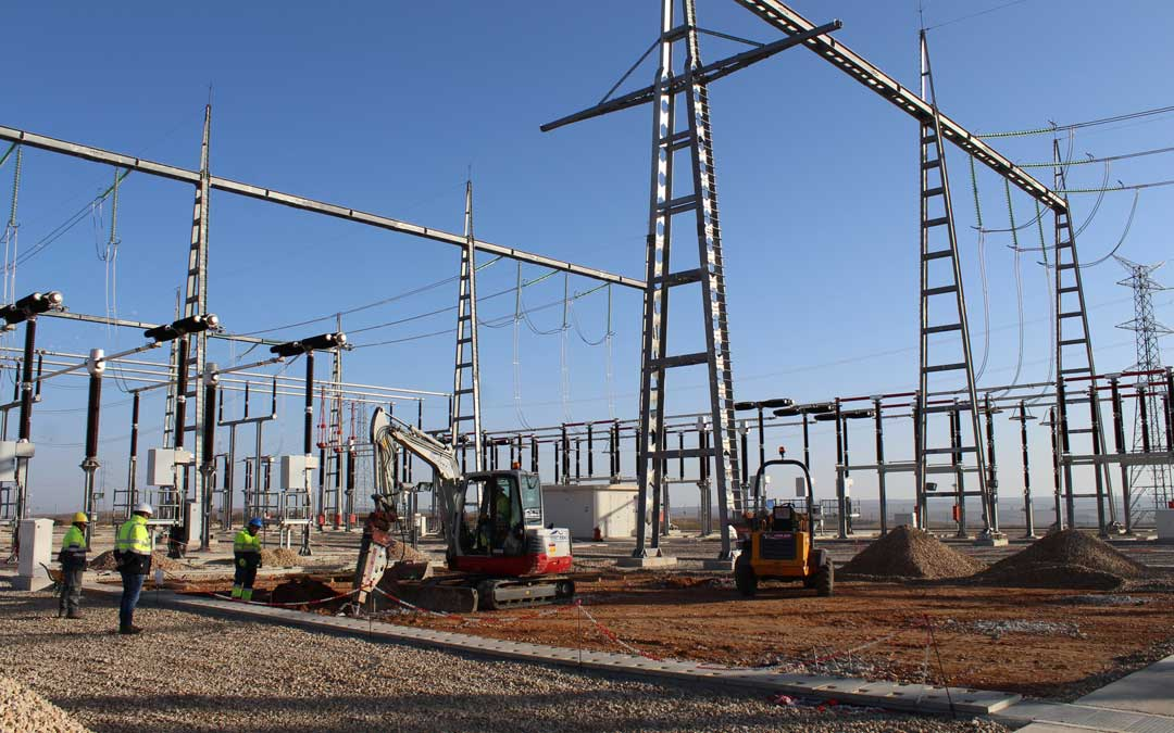 Los trabajos de ampliación en la subestación de Muniesa han comenzado esta misma semana.