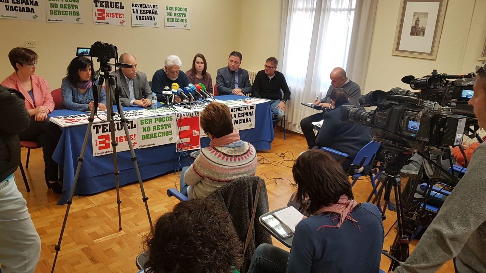 Agentes sociales y económicos de la provincia mostraron este jueves su apoyo público a Teruel Existe