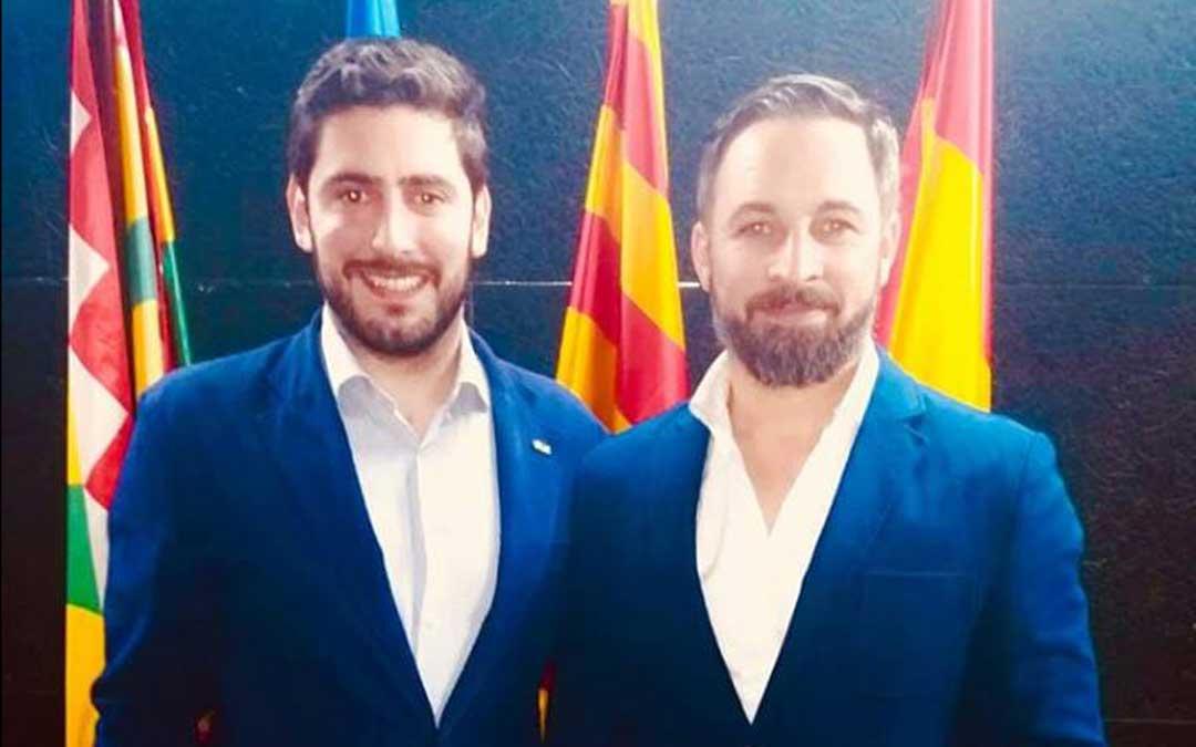 Nolasco, este martes con el líder del partido, Santiago Abascal, en un acto en Huesca