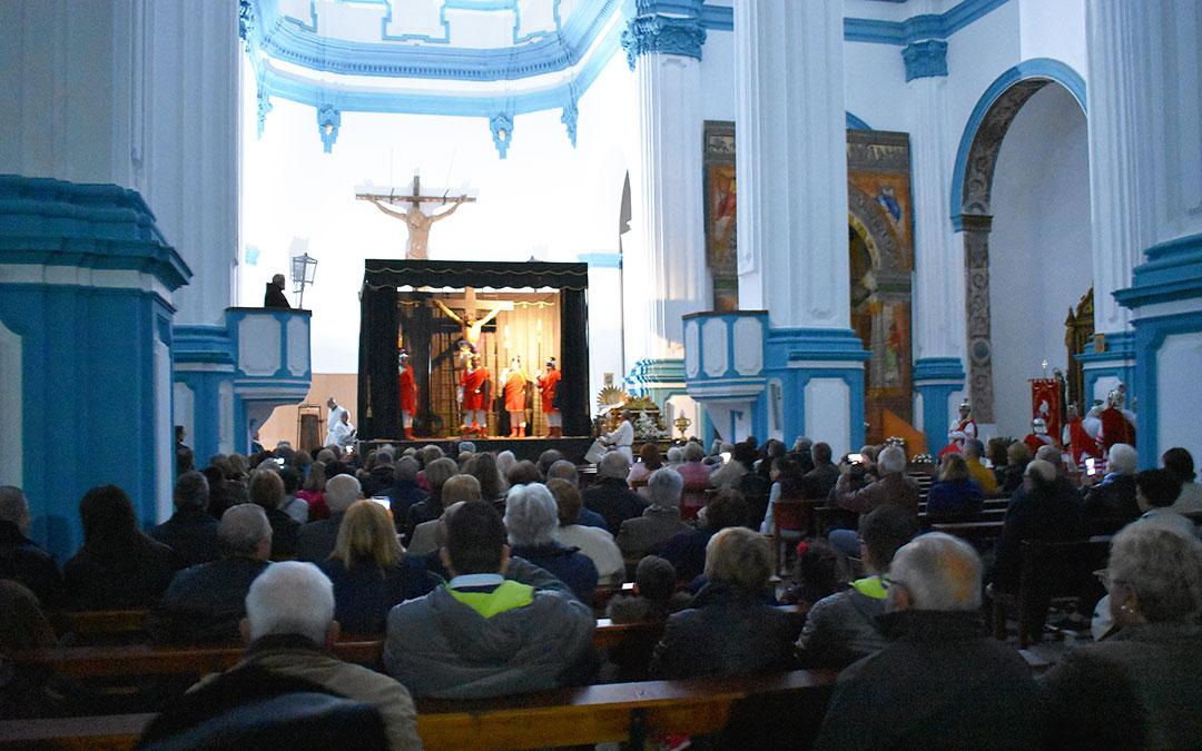 El interior de la iglesia samperina se llenó para el evento.