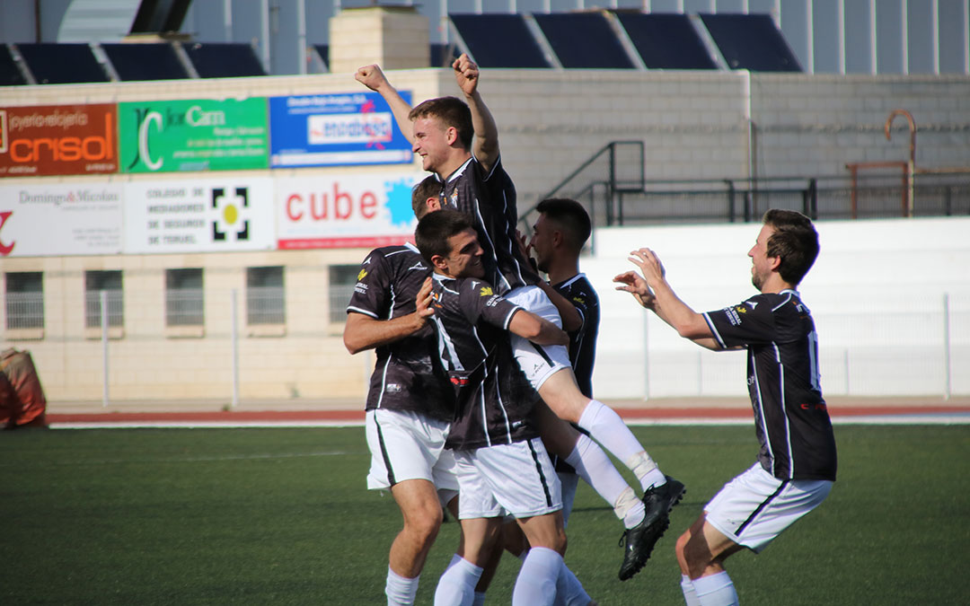 celebracion gol lacueva alcaniz quinto