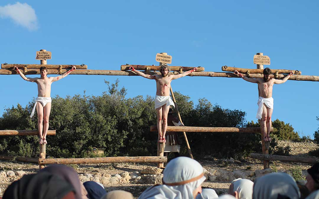 drama de la cruz alcorisa hermanos felez