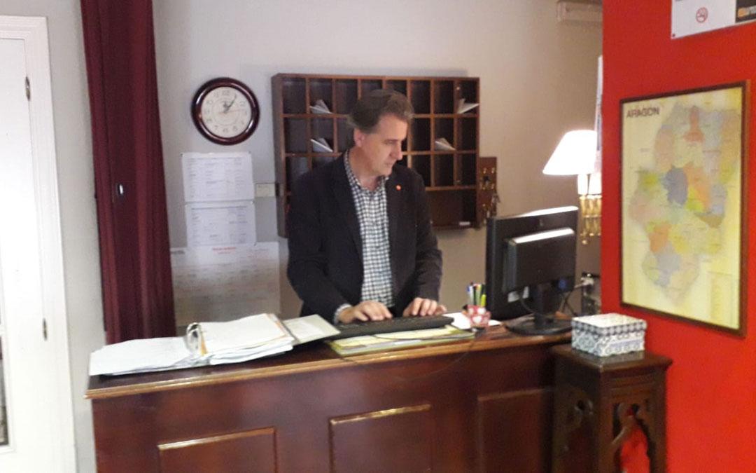 Joaquín Moreno en su hotel de Utrillas. Foto: Cs
