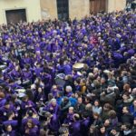 La Rompida de la Hora de Calanda, uno de los actos más multitudinarios de la Semana Santa