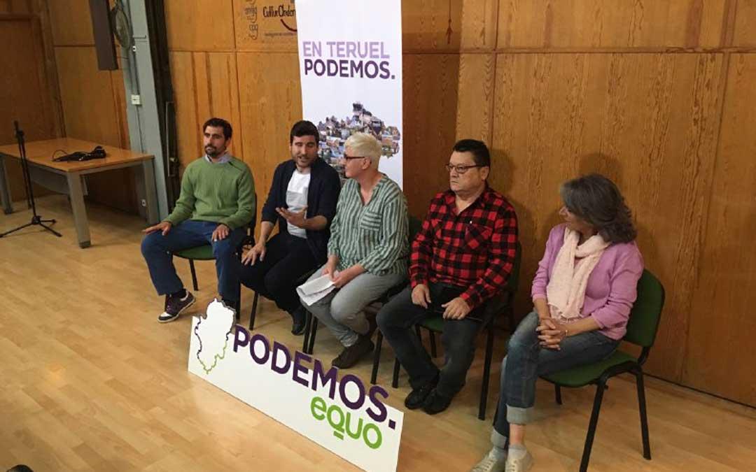 Presentación de la candidatura de Manzano con el secretario general de Podemos, Nacho Escartín. Foto: Podemos