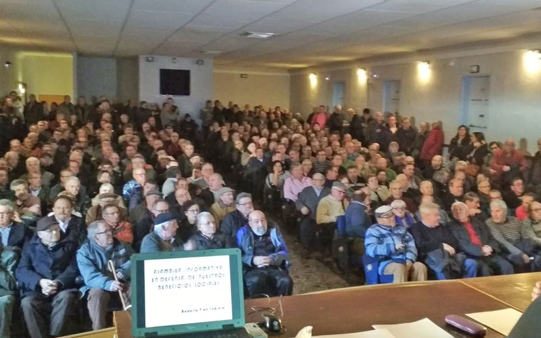 El viernes pasado el salón de actos del instituto de Andorra albergó una asamblea informativa para los extrabajadores de Endesa.