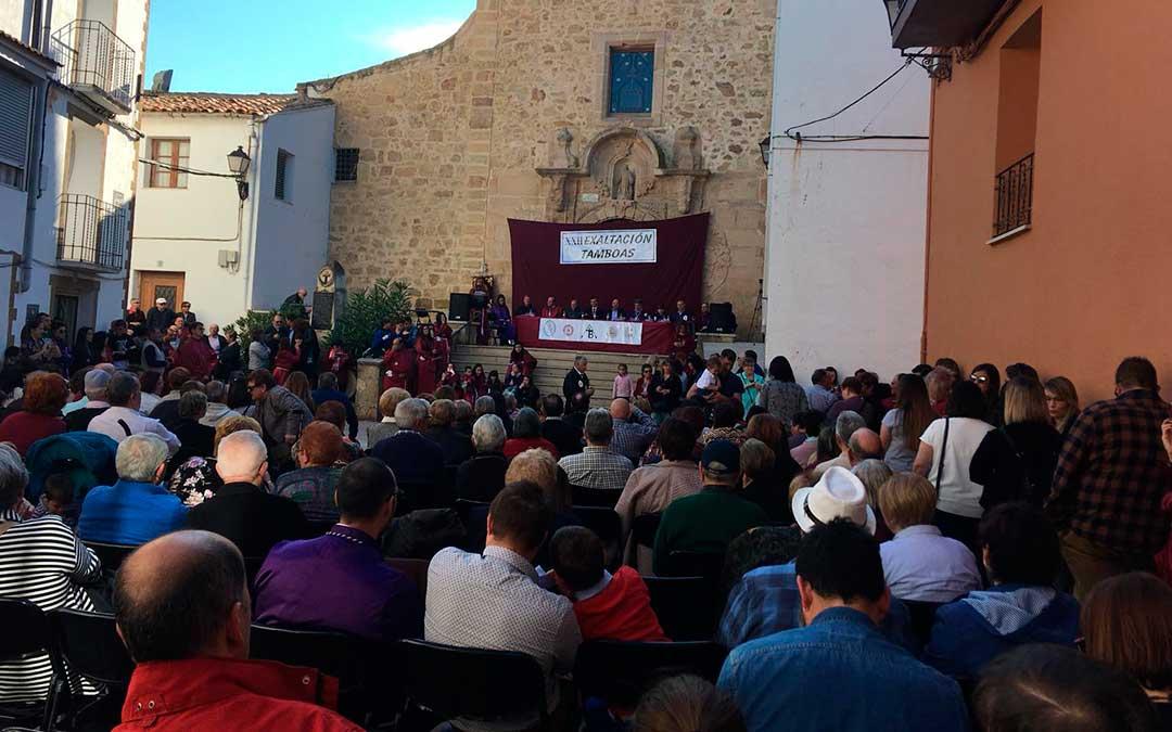 La Plaza de España fue el epicentro de la actividad este año en Tamboas.