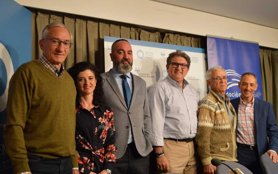 Giménez, Quintín, Anso, Garcia, Bello y Giner, tras la rueda de prensa de presentación de la Sesé Bike Tour 2019.