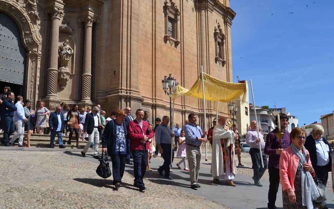 Procesión de San Isidro de Alcañiz saliendo desde la excolegiata