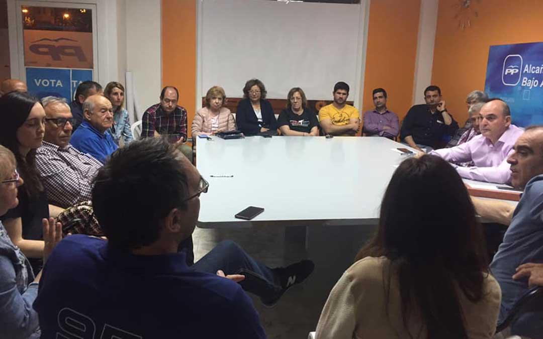 Reunión de la junta local del PP este jueves por la noche. Foto: PP