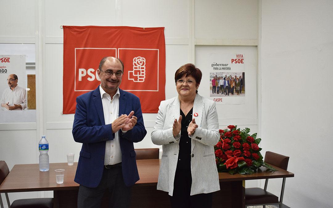 El presidente autonómico acompañó a Pilar Mustieles, que presentó su candidatura a la alcaldía en la nueva sede