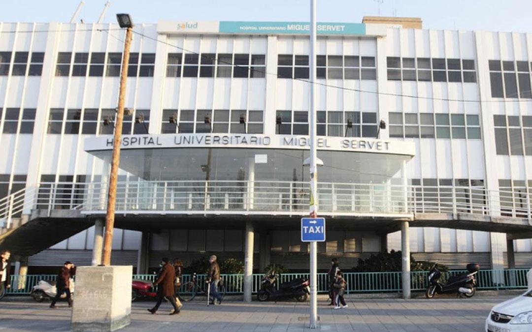 El menor atacado con acido fue trasladado al Hospital Miguel Servet de Zaragoza.