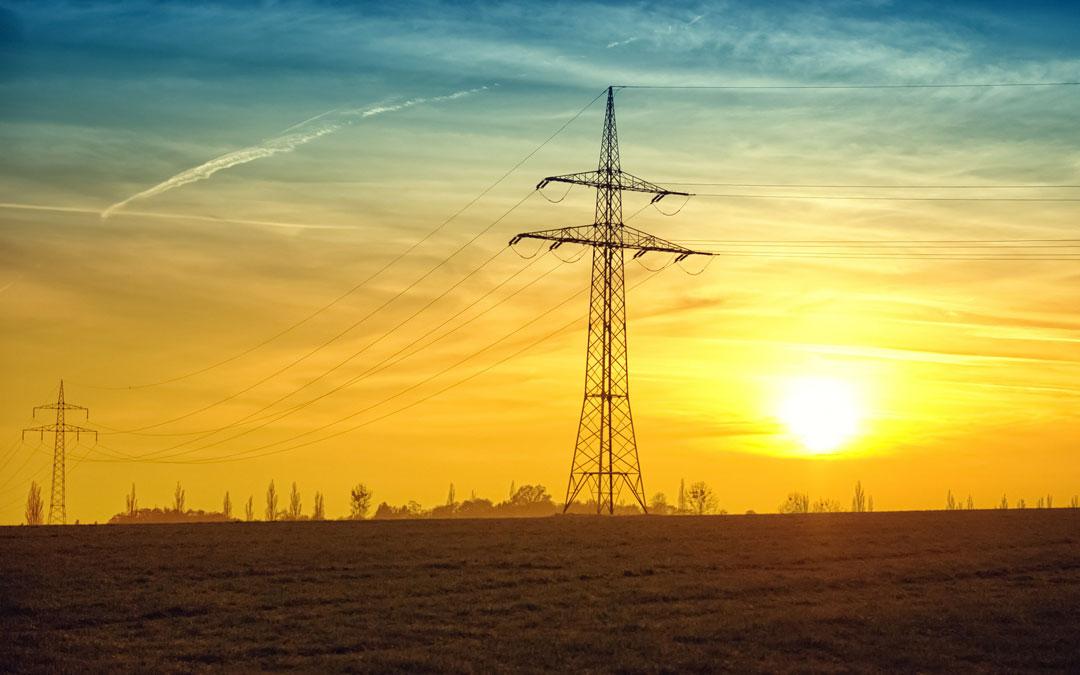 Torre de electricidad. / Banco de imágenes Pixabay