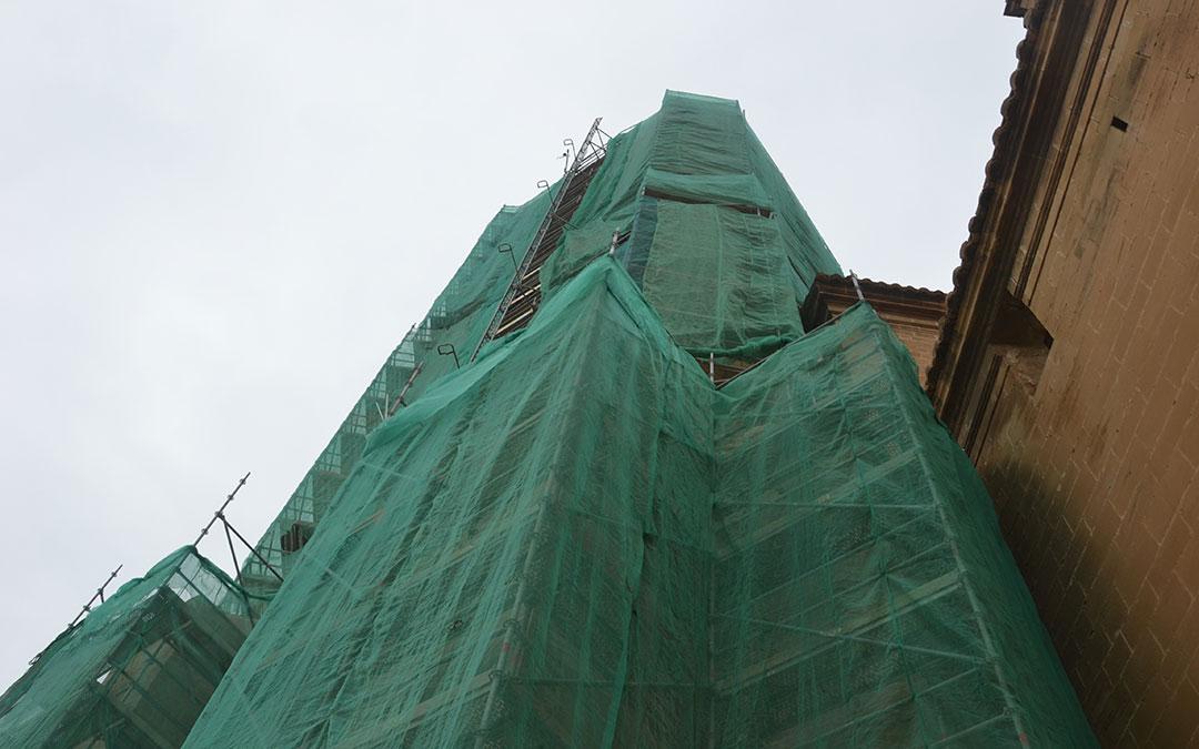 torre gotica alcaniz andamios