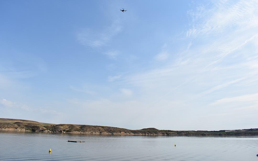 Durante la búsqueda se han utilizado drones para controlar las orillas.