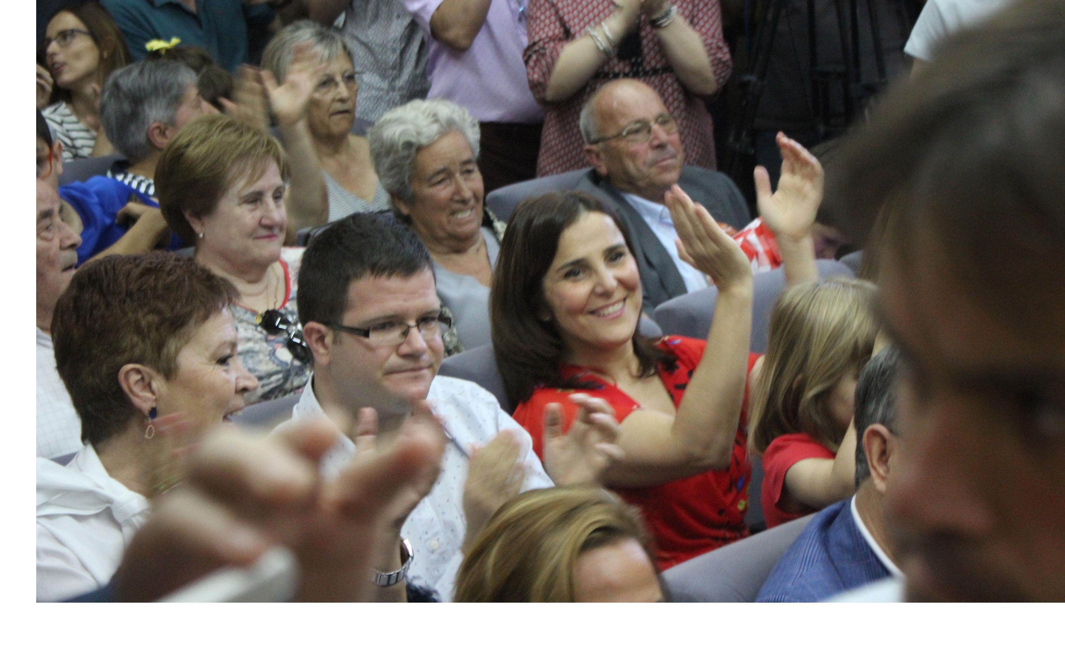 La esposa de Urquizu, emocionada